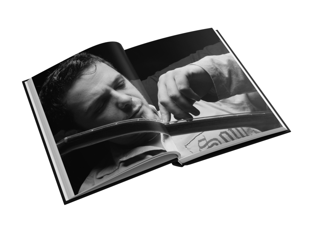 Alejandro Sanz Fanbook Interior (2)